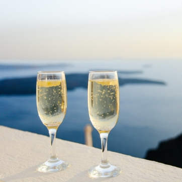 sparkling-wine-1030754_1920_362x362_acf_cropped-1